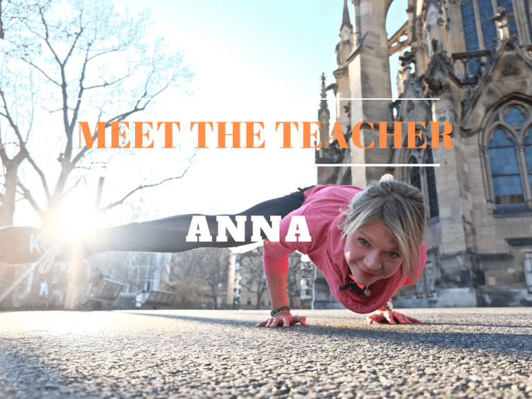 Anna_Yoga_teacher